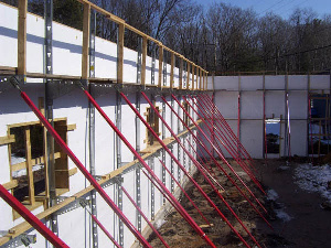 Superior Alignment Systems - the best ICF Alignment System to keep ICF walls straight